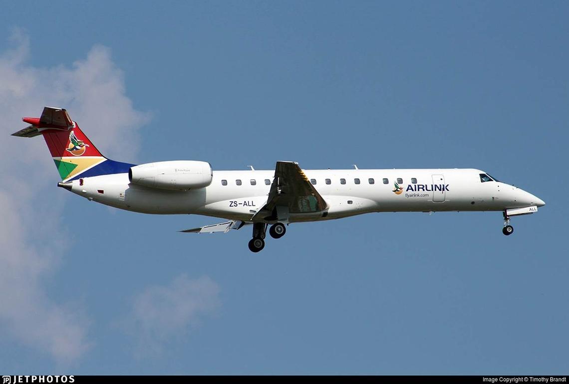 Embraer ERJ 140 images