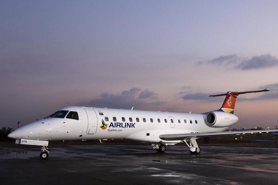 Embraer ERJ 135 LR images